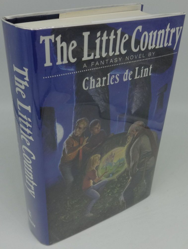 THE LITTLE COUNTRY (SIGNED). Charles de Lint.